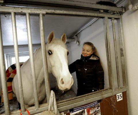 FANT TONEN FORT: Benedicte Staalesen og ponnien Mr. Magic har fått veldig gode resultater på kort tid.