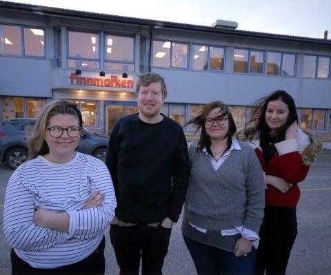 JOURNALISTSPIRER: Disse fire skal i seks uker teste ut journalistyrket i Finnmarken. Fra venstre Andrea Sørøy (Fosnavåg), Stian Drake (Oslo), Ann Helen Bjørum Nordgård (Steinkjer) og Andrea Dahl (Vadsø).