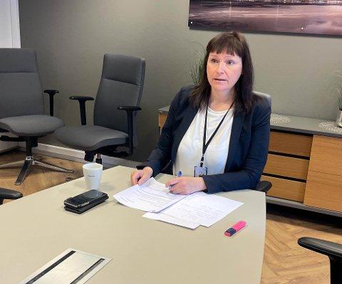 Alta-ordfører Monica Nielsen oppfordrer folk til å ha lav terskel for å teste seg om de har vært innom noen av de nevnte stedene onsdag.
