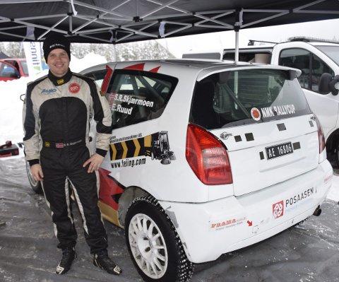 HEFTIG UTFORDRING: Stig Rune Skjærmoen fra Elverum er kartleser for Ole Christian Veiby. I helgen er det duket for Rally Korsika.
