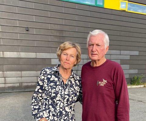 FORTVILET: Ellen og Peter Wenk reiste fra USA til Norge, og ankom Gardermoen mandag morgen. Tirsdag må de reise fra landet.