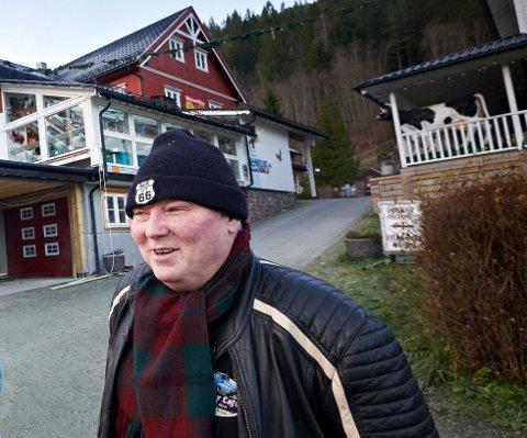 OVERRASKELSER: Svend Otto Søyseth fyller 60 år søndag 17. oktober. Han er kjent for å finne på stadig nye overraskelser, ikke minst her i «Vuddu Valley». Nå har han også overraskelser på lur ut i havgapet.