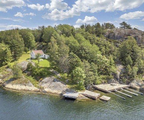 Midt i leia: Sørlandsleia går forbi eiendommen i Flosterfjorden. arkivFoto