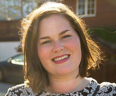 KJEMPEGØY: Marita Gulbrandsen Moen fra Hokksund syns det er kjempegøy at mange allerede har sett videoen.