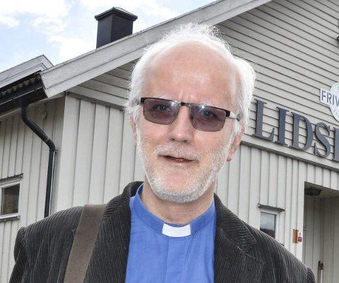 PÅ TUR: Hans Erik Raustøl tar med seg Verdens Gutter på tur til Sølvsberget.