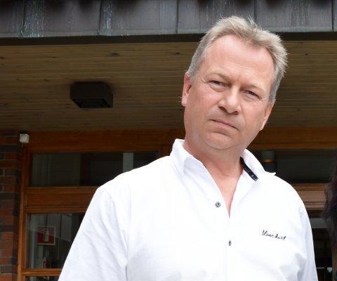 VIL HA DEBATT: Kjetil Ulset er en av flere som ønsker en debatt om skolestruktur i Gran kommune velkommen.