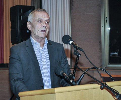 ØNSKET SAMARBEID: Arild N. Ødegaard (Sp) tok ordet i kommunestyremøtet i Vestre Toten torsdag kveld for å flagge misnøye med at Ap ikke valgte dem som samarbeidspartner, men tre småpartier.Foto: Terje Nilsen