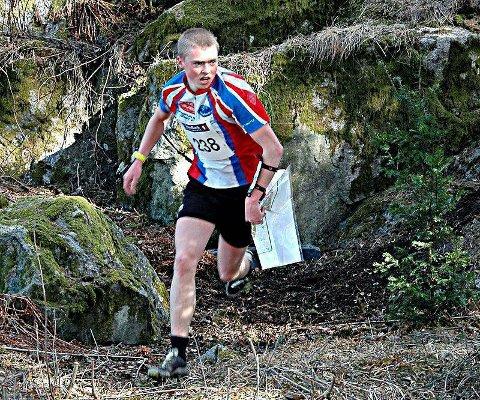 Ambisjoner: Markus Holter (20) fra Rakkestad stiller høye krav til seg selv i orienteringsløypa. I fjor var han blant verdenstoppen for juniorer. Nå vil han bite fra seg i sesongens to siste løp. Arkivfoto