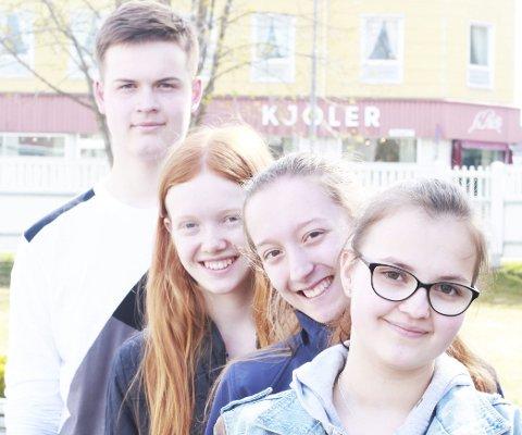Kreative: F.v. Mantas Karveckis (14), Tiril Bergheim (14), Annie Bråten (14), og Julie Paulsen (14).