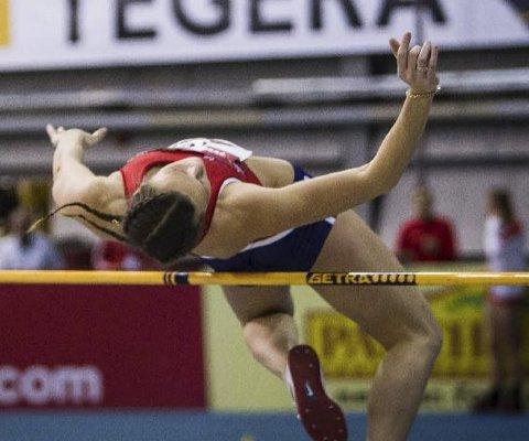 Høyde: Charlotte Lund Abrahamsen hoppet 1,74.Foto: Eirik Førde