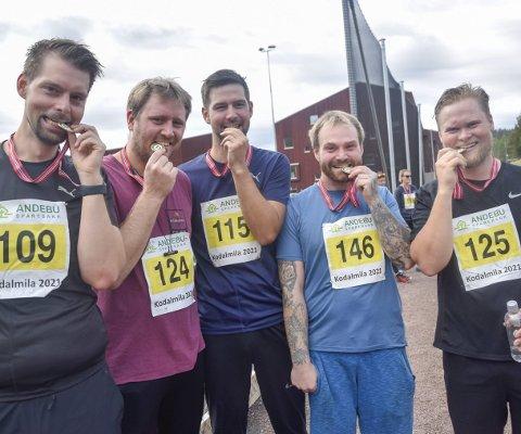 KOM I MÅL: André Klausen (34, t.v.), Alexander Nordby (32), Alf Gunnar Fevang (35), Per Ivar Brenna (31) og Patrick Viftrup Andersen (31) var fornøyde etter endt innsats i Kodalmila.