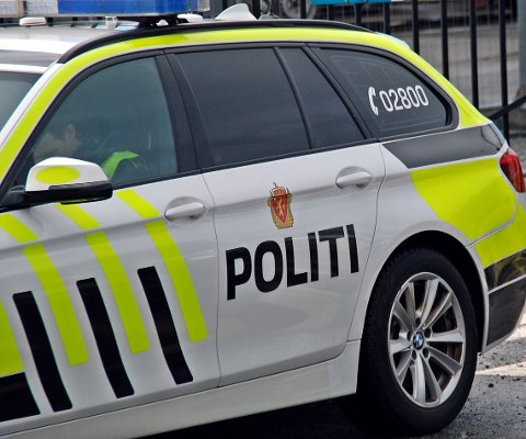 Mannen i 20-årene ble stoppet av politiet etter å ha kjørt fra Tvedestrand til Arendal i narkorus.
