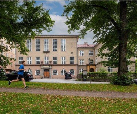 GODT BEVART: Menighetshuset er tegnet av arkitekt Harald Petersen og er i nordisk, nybarokk stil.