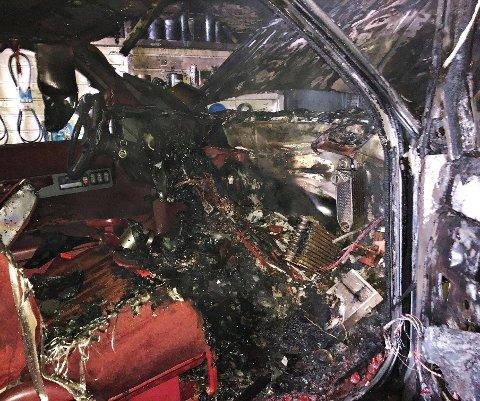 Slik så bilen hvor brannen startet, ut etter brannen.