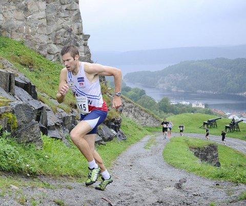 HAR REKORDEN: Emil Wingstedt har den offisielle rekorden i Kanonløpet på 3,37. Fra tidligere, da løpet heter Klokketårnløpet, sprang Petter Thoresen enda litt raskere (3,27).