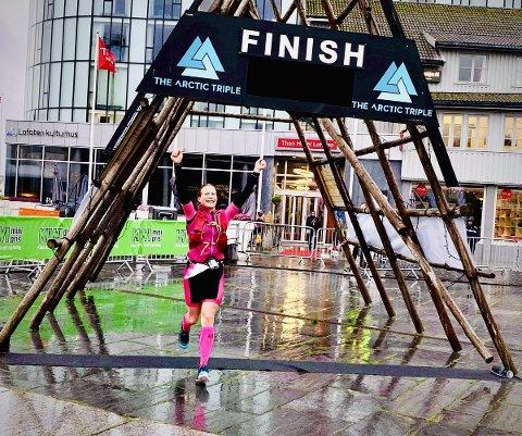 Satser: Kristina Starheim kom inn på fjerdeplass i NM i sprint-triatlon i Arendal i helga. Her fra målplassering under Lofoten triatlon.