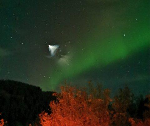 SENNESVIK: Odin Nilsen observerte dette lysfenomenet som varte i ca 20 sekunder.