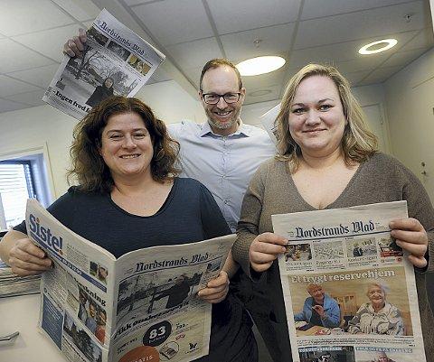 ØKER: – Veldig inspirerende at flere leser oss, mener journalist Kristin Trosvik (t.h.), nyhetsleder Nina Schyberg Olsen og redaktør Martin Gray. Foto: Ole K. Trana