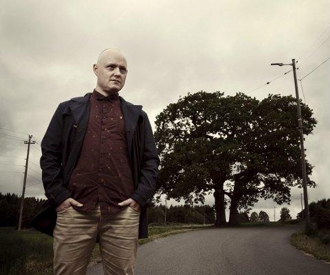 GRAVITAS: Morten Joachims monolog innehar allmengyldige aspekter, og er på vei ut i landet på Riksteateret-turné. PRESSEbilde