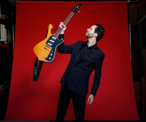 TILBAKE: Hedalineren fra 2017, Paul Gilbert kommer tilbake til Larvik Gitarfestival 2019