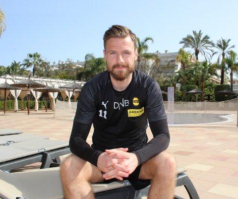 SIKTER HØYERE: Arnor Smárason mener det er tid for å klatre på tabellen for et LSK som ofte har slitt i bunnen de siste sesongene.