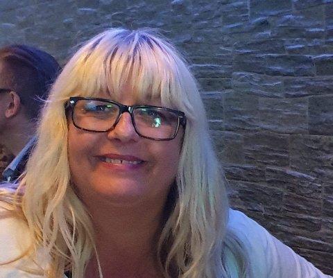 FØLG MED: I løpet av sin tid i Fellesforbundet har Nina Risinggård sett mange kontrakter som bryter med norsk lovverk. Nå oppfordrer hun jobbsøkere å følge med.