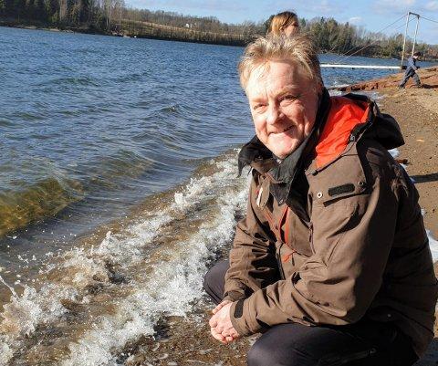 VILLE BO I NATUREN: – Vi er ikke byfolk, og trives godt på Nøtterøy, det er et pent sted, sier Holger Hussmann, som før de flyttet hit bodde ti år i Finland og 7-8 år i Oslo.