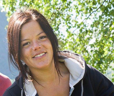 VIL TIL LEGEN: Johanne Thybo Hansen har hatt det vanskeleg med å skaffe seg legetime i Førde.