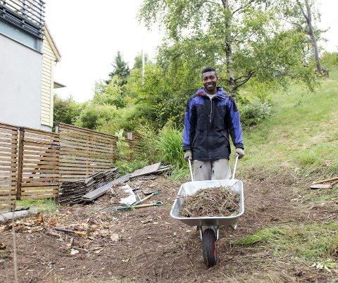 Binfait Lienge var en av ungdommene i Fana som fikk seg sommerjobb gjenneom UNGJOBB-tilbudet i fjor.