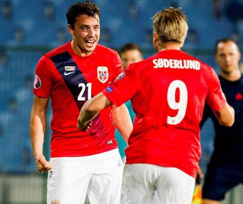 Vegard Forren jubler sammen med Alexander Toft Søderlund (t.h.) etter scoringen som ga 1-0 mot Bulgaria. Men Kroatia er av en annen kvalitet, BA-tipper Jan Gunnar Kolstad tror landslaget ryker på søndag.
