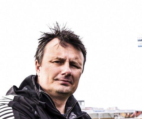 UTE: Trosvik-trener Rino Hansen.