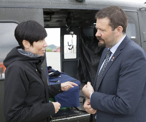Første møte: På sin rundtur i nord var det evenesordfører Svein Erik Kristiansen og politikerne i Evenes som først fikk besøk.