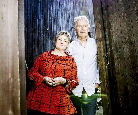FORFATTERNE: Randi Kveine og Gisle Erlien har skrevet en svært nødvendig bok for alle som er eller blir pårørende til alvorlig syke mennesker, mener anmelderen.Foto: Christian Roth Christensen.