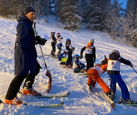 HALVT RJUKANMESTERSKAP: Fra Rjukanmesterskapet i storslalåm tirsdag, der del to med slalåm skulle gått torsdag, men ble avlyst.