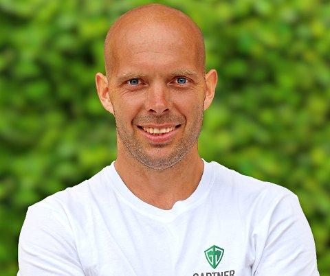 SATSET PÅ EGENHÅND: Etter flere år som ansatt hos andre firmaer, blåste Patrik Johnsen liv i eget firma nylig.