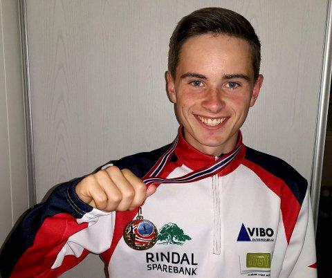 VANT: Surnadalingen Erik Kårvatn løper for Rindal Idrettslag og ble i helga midtnorsk mester på 800 meter.