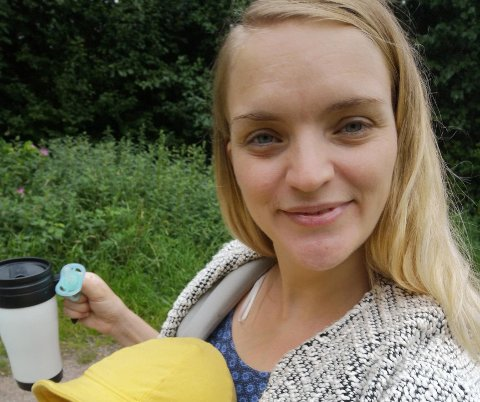 NYINNFLYTTET: Marianne Stormoen og familien flyttet fra Oslo til Vear uten å kjenne veldig mange. Nå ønsker hun å bli kjent med flere mødre i nærområdet.