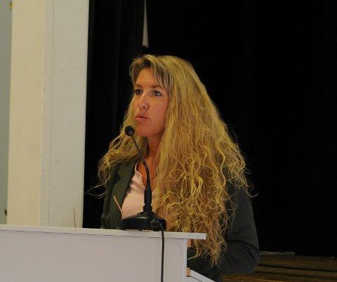 Lite problemer. Kommunalsjef Gabi Becker applauderte innsatsen til elevene ved Etnedal skule da hun la fram den årlige rapporten i torsdagens kommunestyremøte på Teams. Dette bildet er fra en tidligere anledning.