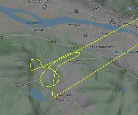 Dette radarbildet viser helikopterets flygning over Konnerud tirsdag. Luftambulansen mener penis-bildet er helt tilfeldig.
