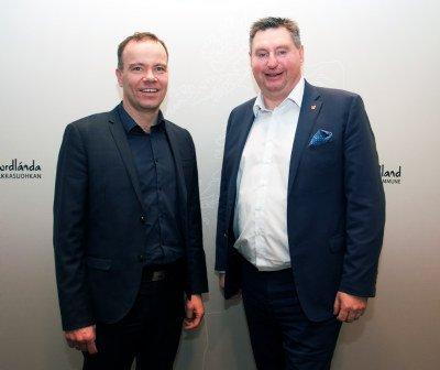 Fylkesrådsleder Tomas Norvoll (Ap) og ordfører Rune Edvardsen (Ap). Pressefoto