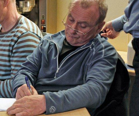 Håvar Gabrielsen frykter at en passasjeravgift på hurtigbåten mellom Kjeldebotn og Evenes er et bidrag til å legge den ned.