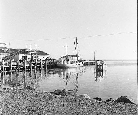 Kommunebrygga hvor Nilsens dampskipsekspedisjon var.