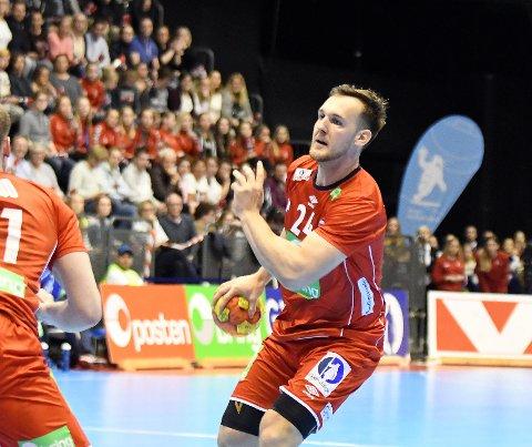 HÅNDBALLFEST: Norge bød opp til fest med 6900 på tribunen, og Christian O'Sullivan & co svarte med 35-30 seier over Frankrike.