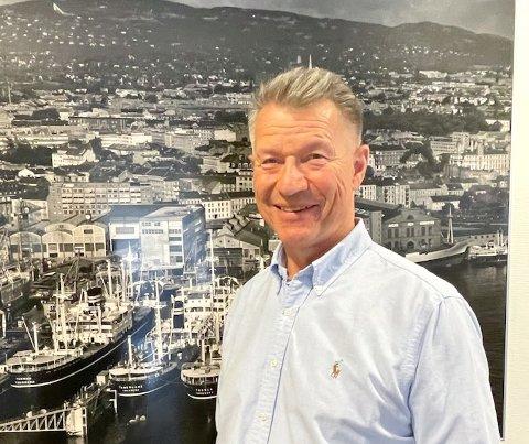 ENGASJERT: Tore Sandvoll er ny leder i Tofte Båtforening og har engasjert seg i arbeidet med planer for båtforeningens område på Tofte.