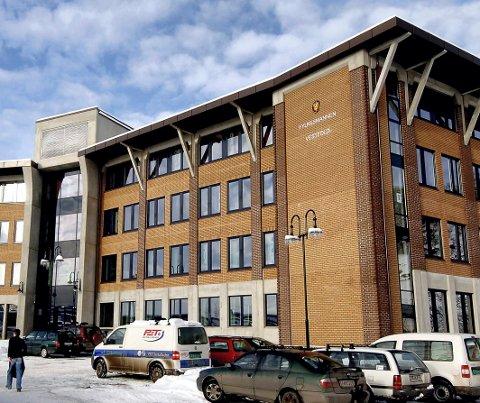 VENTETID: Fylkesmannen, som holder til i Tønsberg også etter sammenslåingen med Telemark. bruker fra to-tre og opp til seks-syv måneder på avgjørelsen i de seks klagesakene.