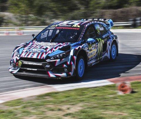Uheldig: Andreas Bakkerud risikerer å bryte om ikke teamet hans klarer å fikse bilen i tide etter krasjen lørdag.