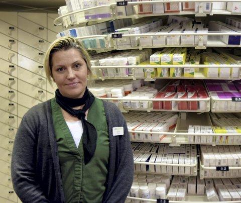 Tonje Cecilie Mohn er daglig leder ved Vitusapotek Nordstjernen på Bergen Storsenter. Hun forteller at apoteket opplever et restproblem innenfor mange ulike medisingrupper.