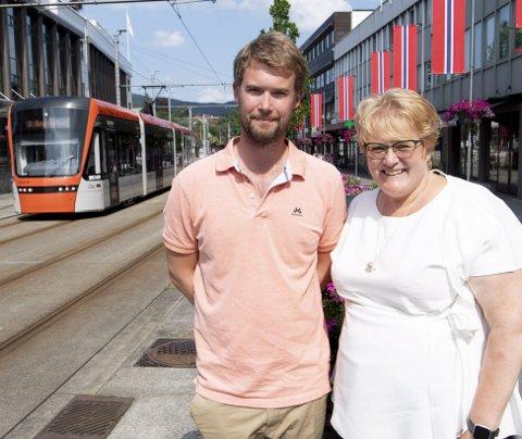 Den evige krangel i Bergen by handler om hvorvidt en skal legge Bybanen i tunnel, eller langs Bryggen.  I 2016 bestemte bystyret langs Bryggen, men saken har nok en gang vært det store temaet i valgkampen. FOTO: