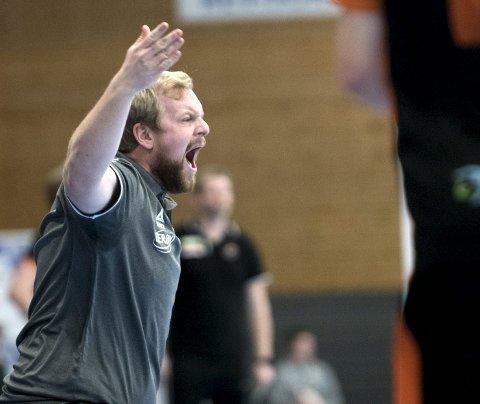 Fyllingen-trener Fredrik Ruud tar imot kompisen Jørgen Laug til duell i Framohallen kl. 17.00 søndag. FOTO: SKJALG EKELAND
