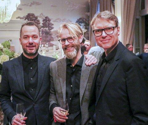 GLADE: Morten Tungesvik, Øysten Ellingsen og Kjetil Smørås er strålende fornøyde med å kunne åpne Michelin-restauranten Bare allerede fredag. Her fra feiringen av Milchelin-stjernen. FOTO: TORMOD ELLINGSEN